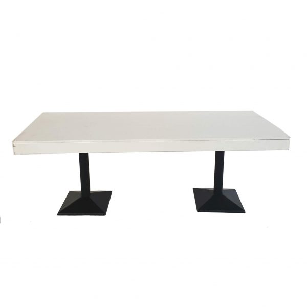 tweedehands horeca stoelen en tafels